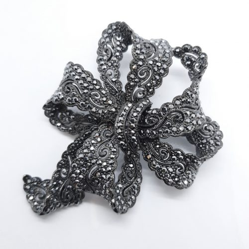 Black Lace Bow Brooch