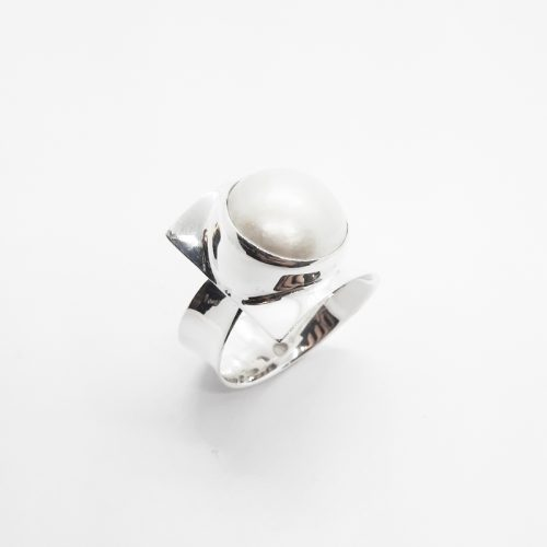 Fresh Water Mabe Pearl Sterling Silver Ring